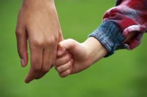 рука дитини